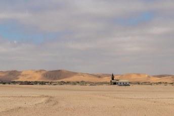 We hadden weer genoeg van Walvisbaai en reden de woestijn in op weg naar Sossusvlei.