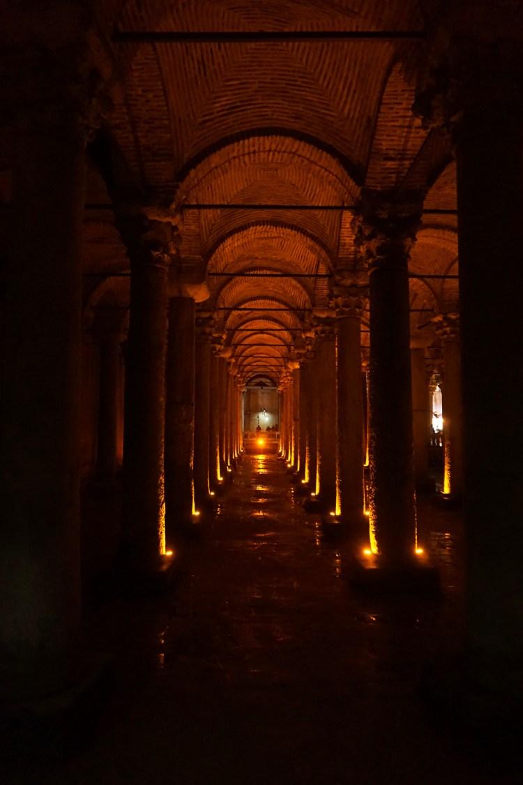 Yerebatan Sarnıcı (The Basilica Cistern)