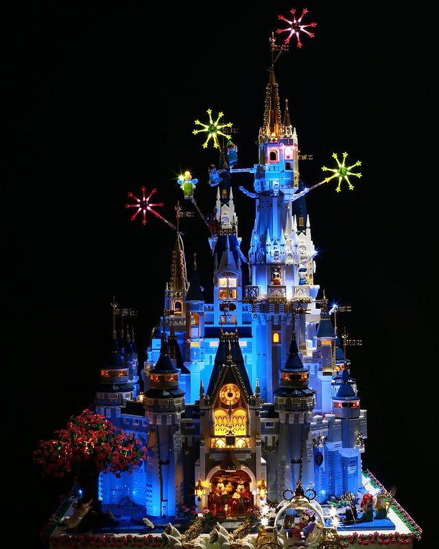 LEGO Disney Castle 360