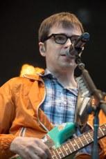 resized_RTS-2013-Weezer13