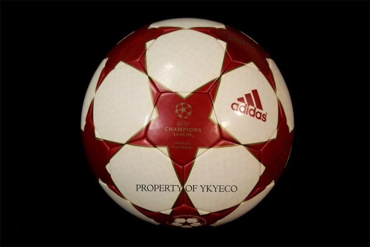 UEFA CHAMPIONS LEAGUE FINALE 4 2004-05 ADIDAS MATCH BALL 0 ...