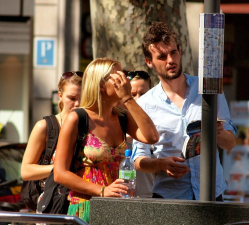 tourists in barcelona   tourists checking their map in barce…   Flickr