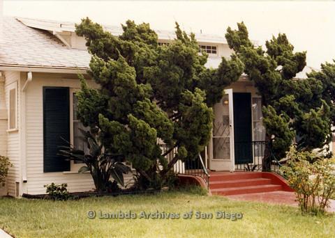 P024.358m.r.t Moving Sheila Shanahan and Nancy Groswich: Sheila Shanahan and Nancy Groswich's now former house.