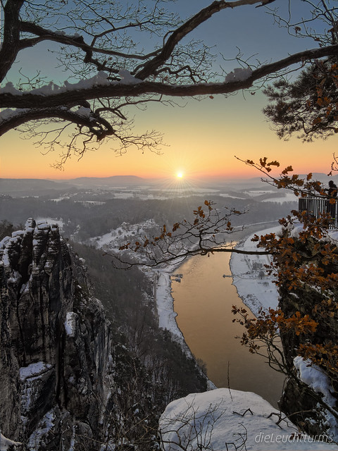 Photograph a sunrise