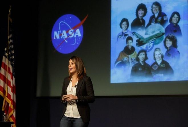 Aspira con NASA/Aspire with NASA Hispanic Heritage Month E… | Flickr