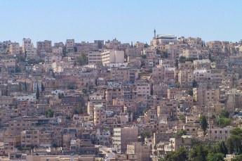 Na de moskee bezochten we de citadel Jebel al-Qalaá, met o.a. dit uitzicht over Amman.