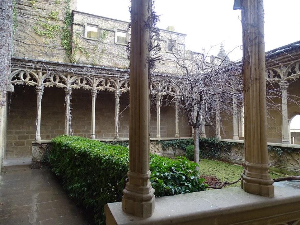 Olite Galeria de la Reina Palacio Real o Castillo Navarra 19
