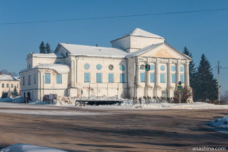 Перестроенная в советское время церковь Воздвижения Креста Господня (Бориса и Глеба), Солигалич