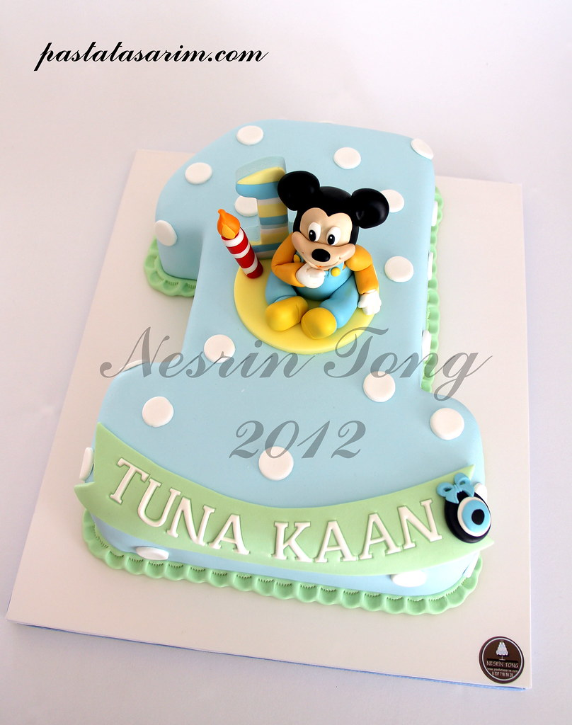 Baby Mickey Mouse 1st Birthday Cake Cake By Nesrin Tong Flickr