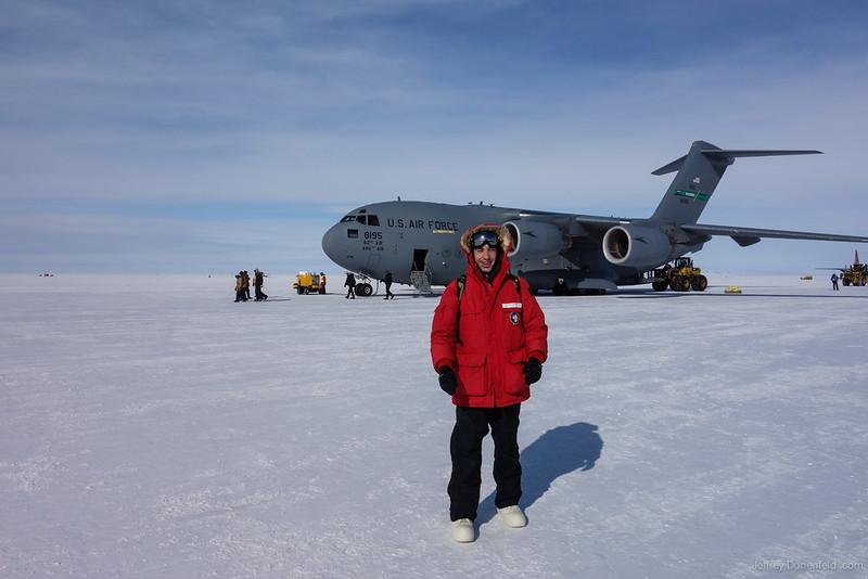 2012-11-12 CHC to McMurdo - DSC01692-1600-80