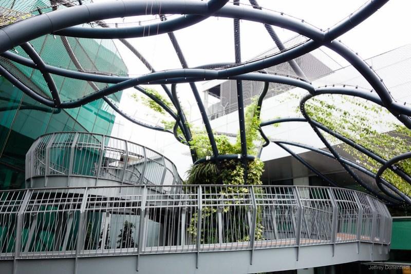 2013-04-11 Singapore - DSC04416-FullWM