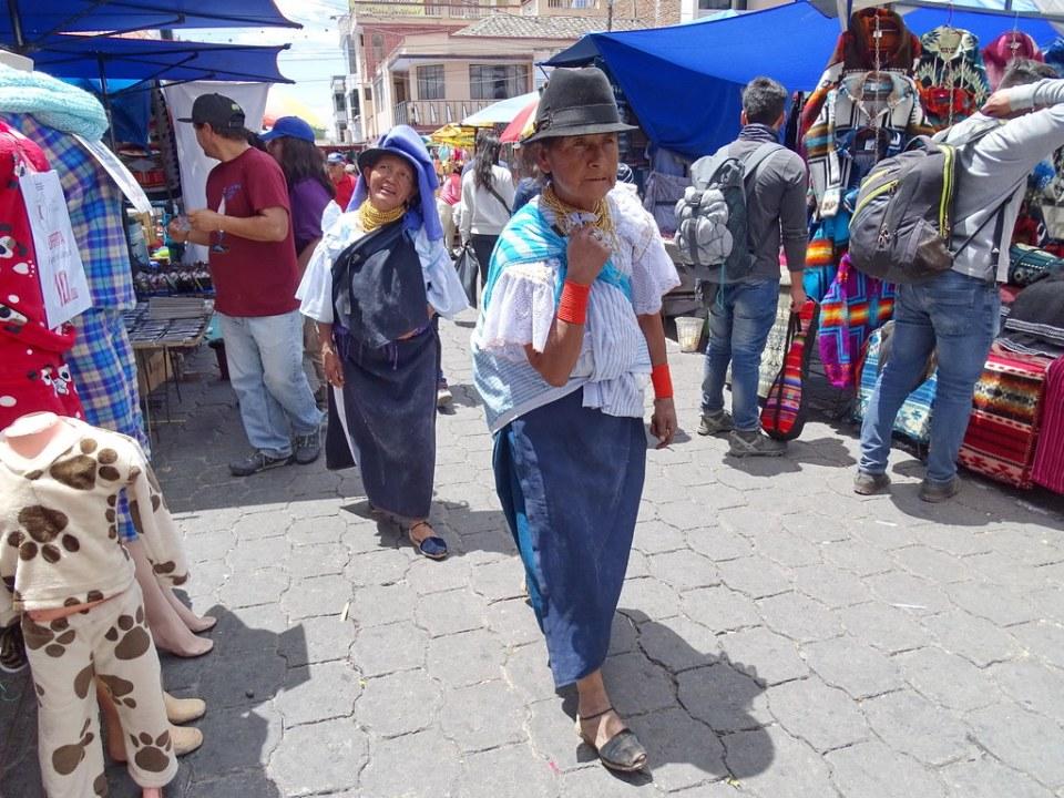 Su gente Mercado Otavalo Ecuador 27