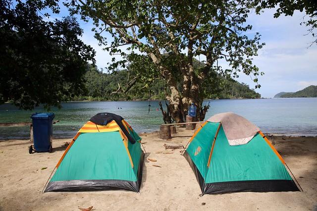 Pasumpahan Island. Images by @saifanah