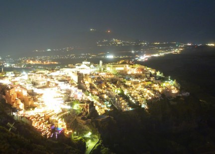 Fira at Night (2/2)