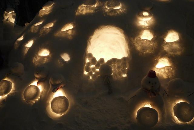 Otaru Snow Light Path Festival (小樽雪あかりの路)