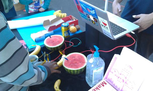 Fruit Synthesizer