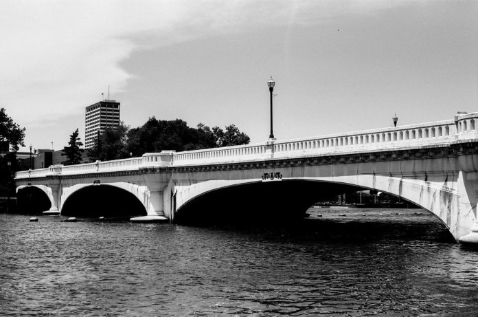 Jefferson Blvd. bridge