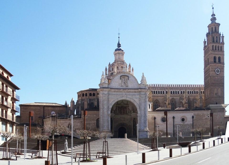 vista fachada norte exterior Catedral de Nuestra Señora de la Huerta de Tarazona Zaragoza 05