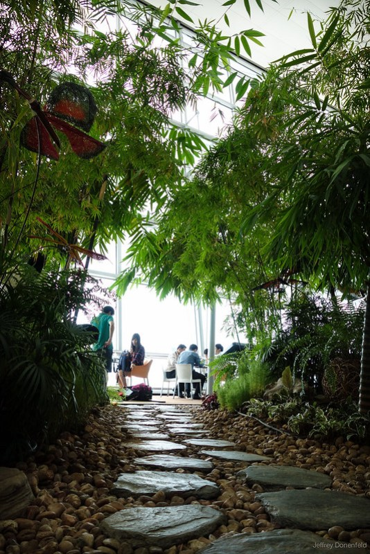 2013-04-11 Singapore - DSC04538-FullWM