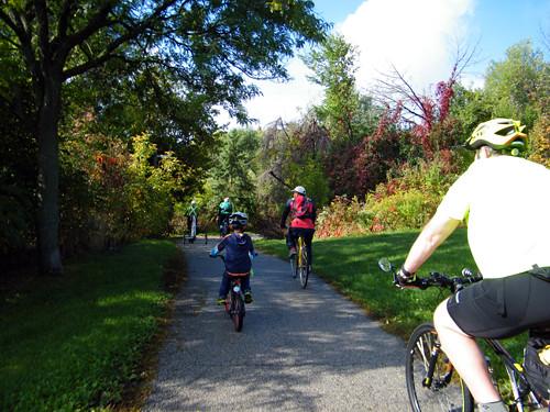10-02-16-BCAC Community ride 009_500