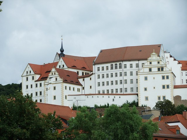 Colditz Castle viewed from the town of Colditz (Schloss Colditz), Colditz, Saxony, Germany