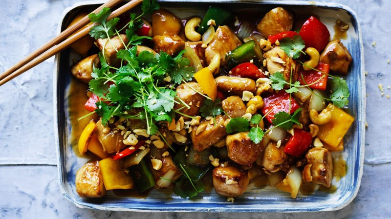 Chicken and cashew nuts recipe.
