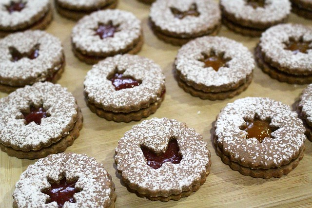 Linzer Cookies - 22