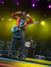 resized_RTS-2013-Weezer05