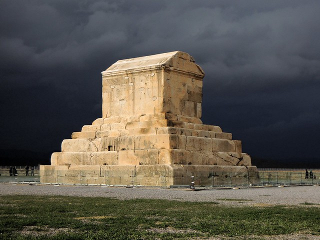 Cyrus' tomb by bryandkeith on flickr
