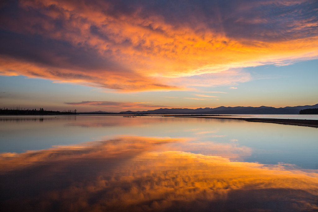 Sunrise On Yellowstone Lake Flat Mountain Arm Nps