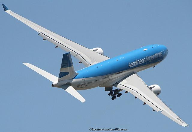 Aerolineas Argentinas. First Test Flight.