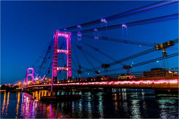 Resultado de imagen para puente colgante santa fe de noche