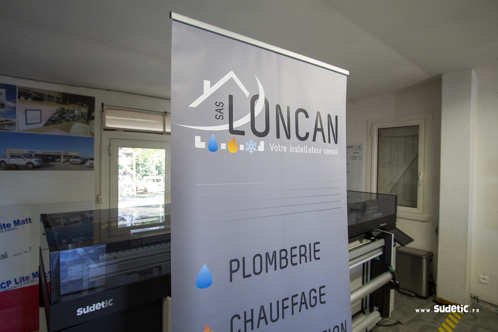 Sudeticstand Roll Up Loncan-3