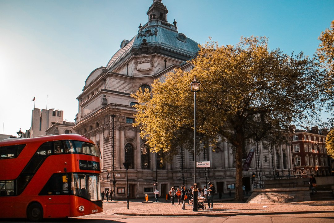 La nostra Londra, recensione