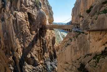 De laatste brug waar je over moet.