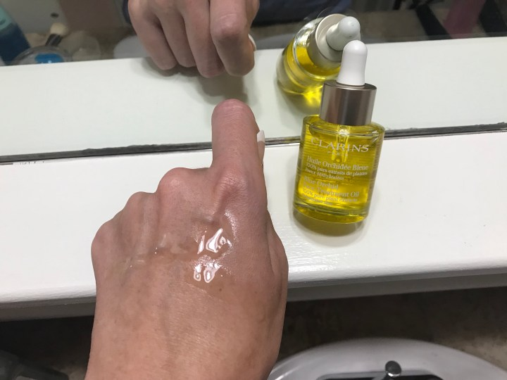 Product Review: Clarins Blue Orchid Face Treatment Oil