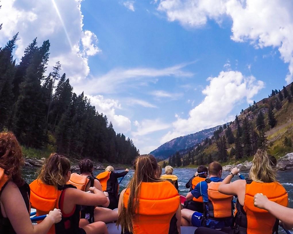Rafting Snake River Jackson Hole Wyoming yellowstone to grand teton