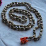 types of meditation - mantra meditation beads