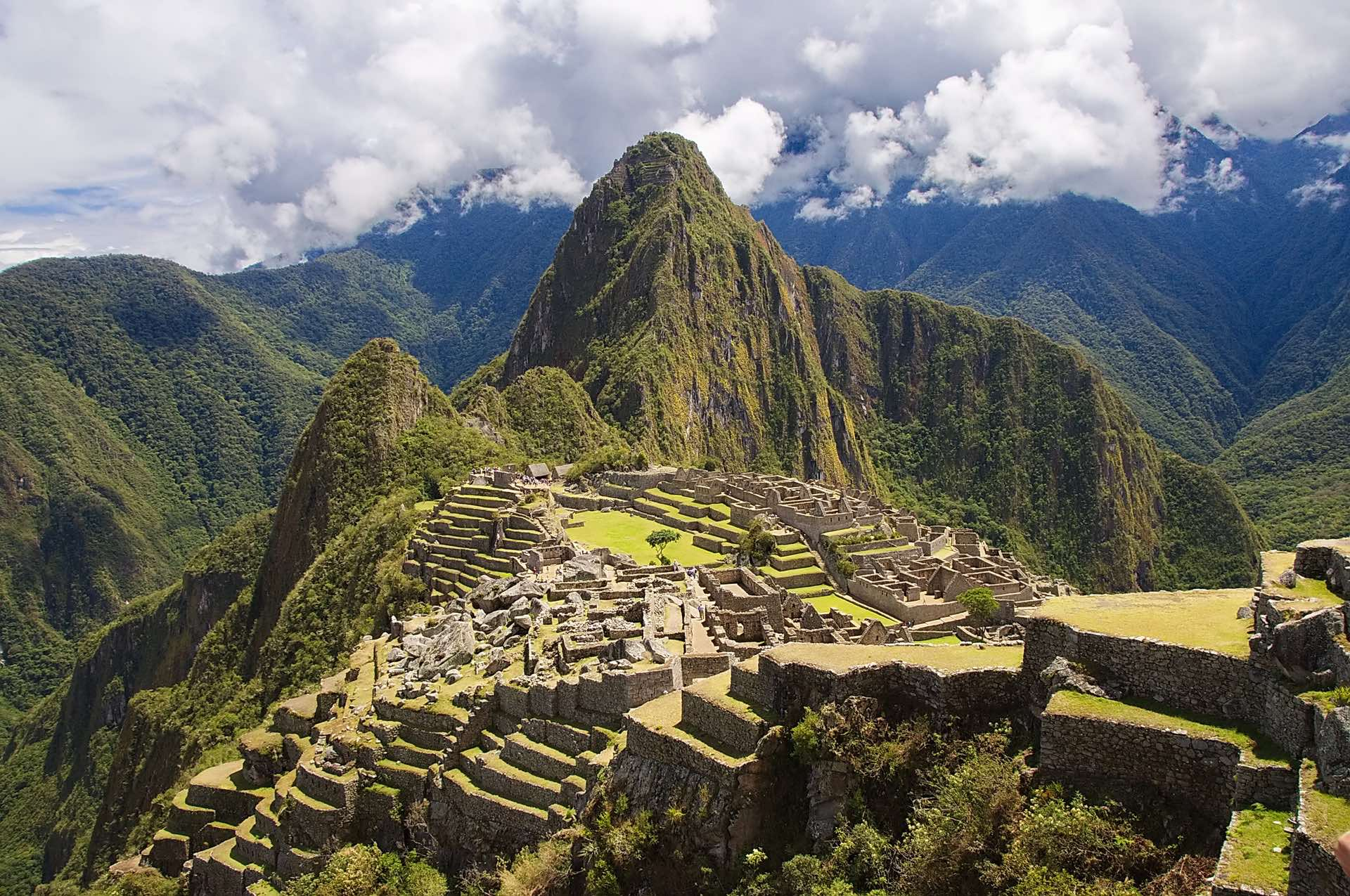 International Protests Mount Over New Machu Picchu Airport