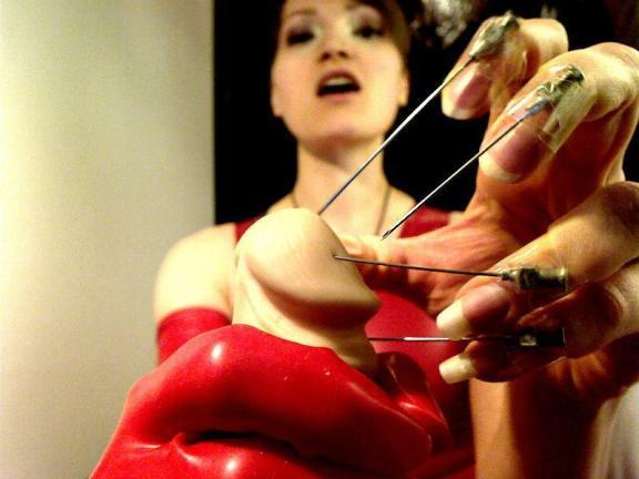 Cruel torture Cam - livebdsmcams.net