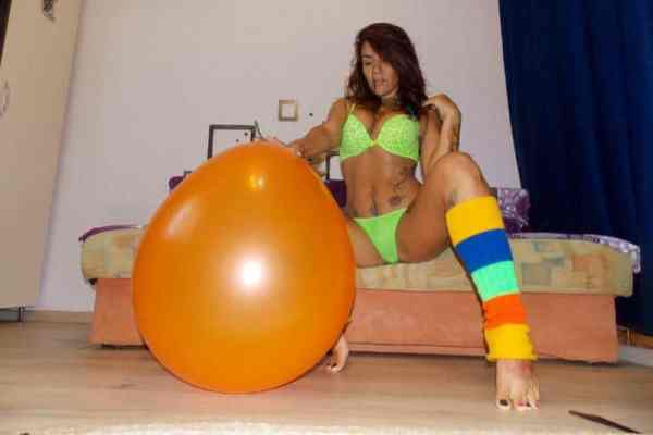 balloon fetish free links popping