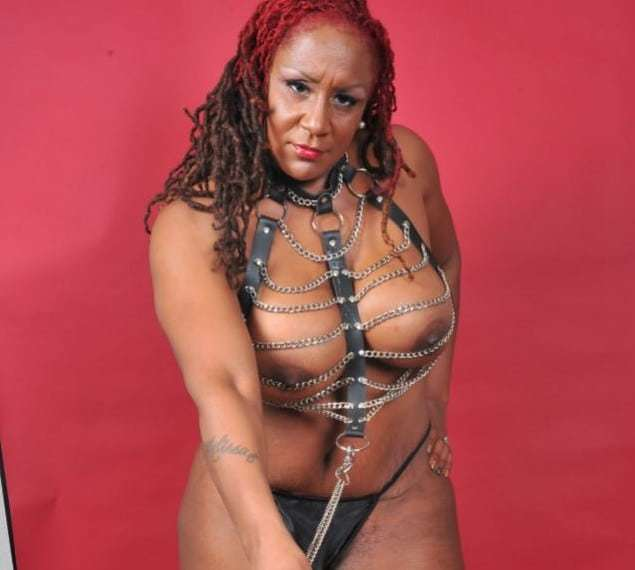 Strict Black Mistress on Webcam waiting to dominate and degrade slaves
