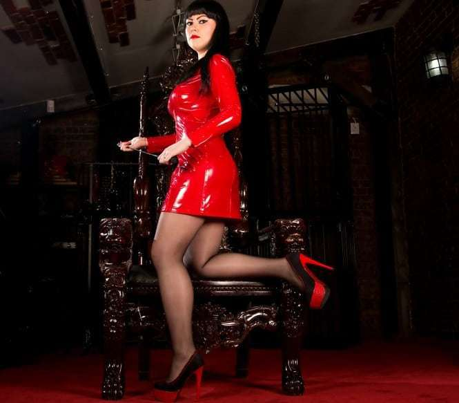 cruel domina on webcam
