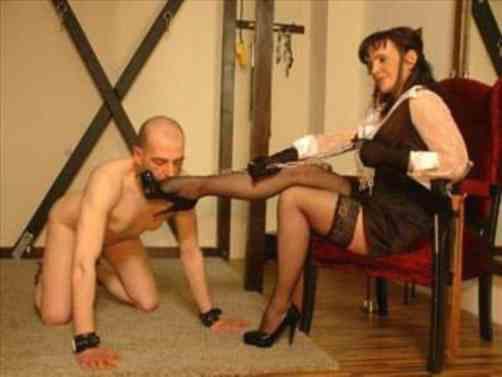 mistress collared slave
