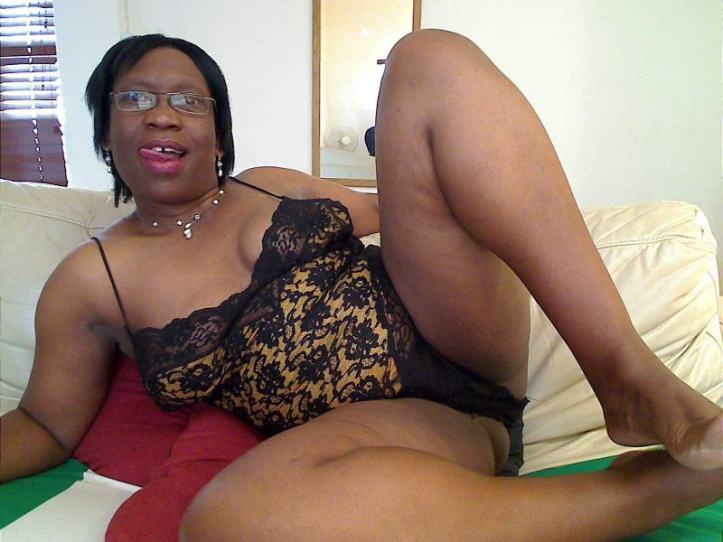 mature black women pictures