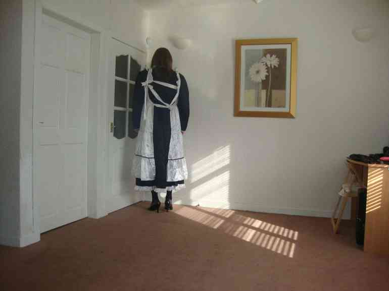 sissy maid picture