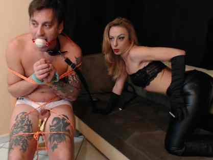 slave humiliated