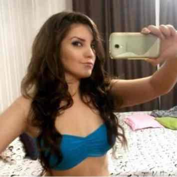 sexy cam girl babe