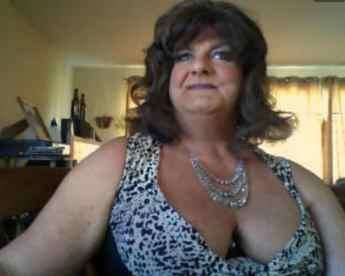 mature crossdresser cams