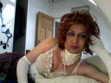 crossdressing girl